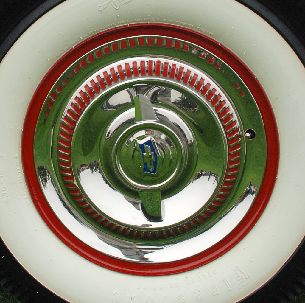 Later 1953 Corvette wheel