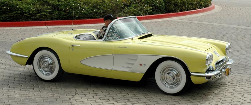 1958 Chevrolet Corvette in Panama Yellow