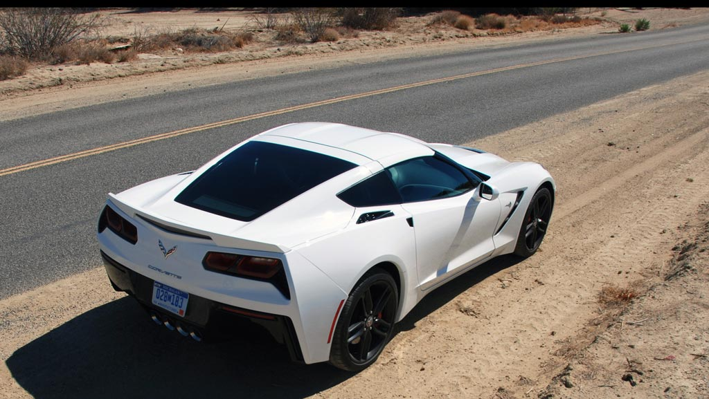 2014 C7 Corvette Coupe in Arctic White