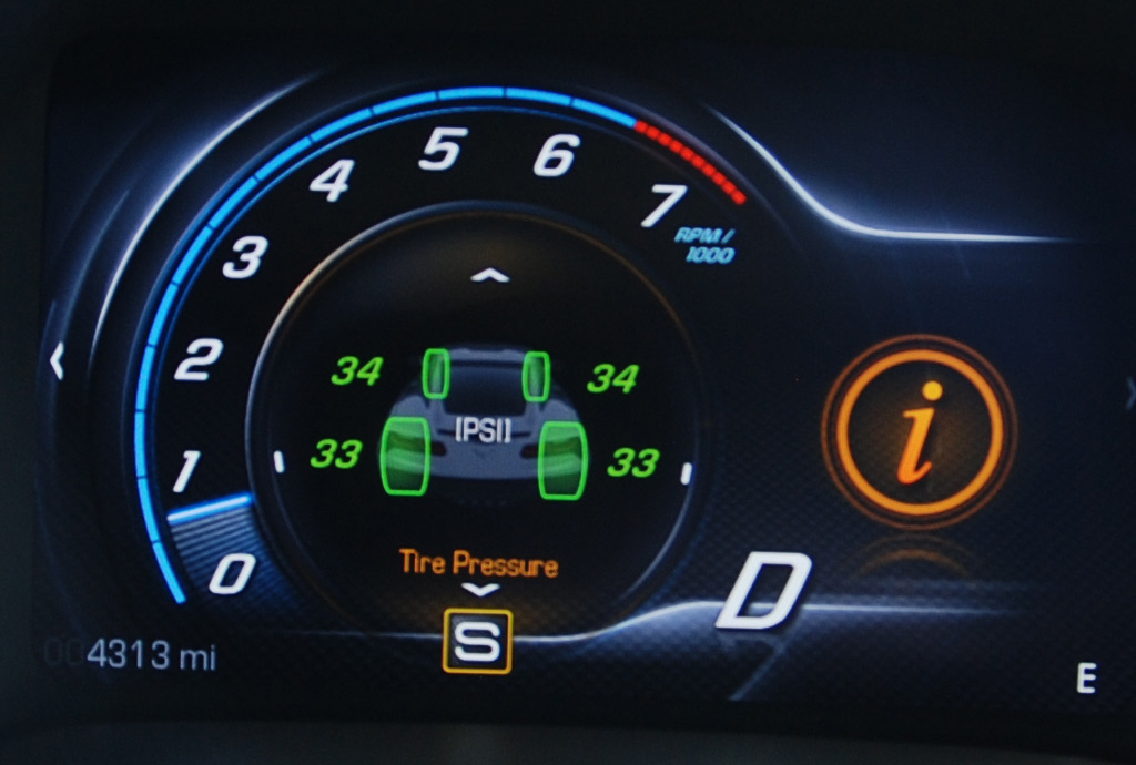 2014 Chevrolet Corvette Tire Pressure Display